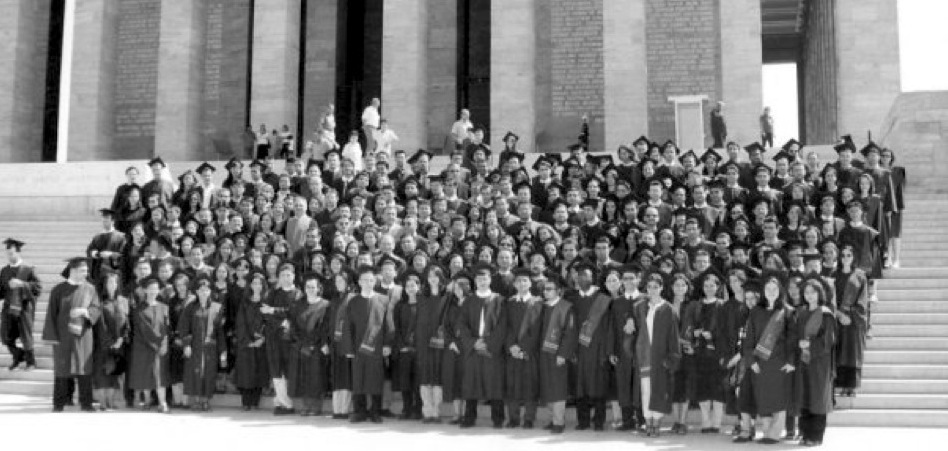 """newly graduated class of 2000 in the presence of Atatürk"""